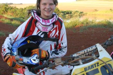 Brunna Bartz, a revelação do Motocross Feminino