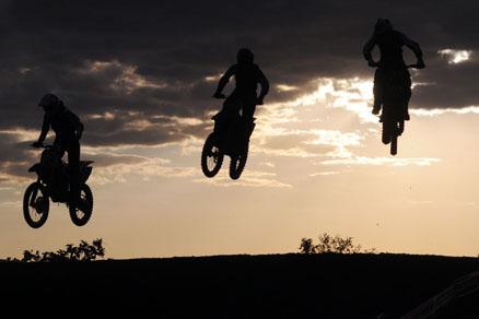 Indaiatuba recebe a abertura da Superliga de Motocross