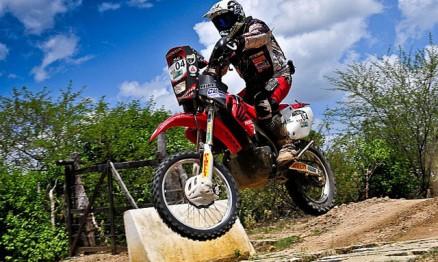 Zé Hélio é o líder do Brasileiro de Rally Cross Country