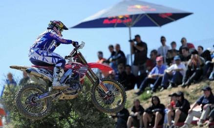 Tanel Leok venceu o GP da Espanha na MX1
