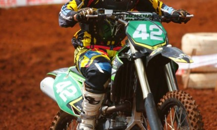Nico permanece invicto na MX3 do Paraguaio de Motocross