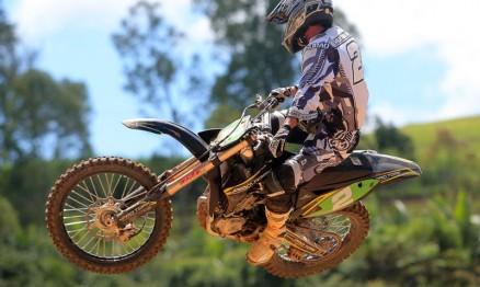 Superliga de Motocross seguirá em Cachoeiro