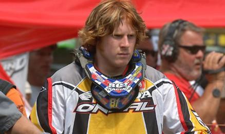 Adam correrá na Superliga e no Brasileiro de Motocross