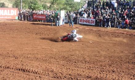 Ricardo Guisso acabou caindo em frente a sua torcida