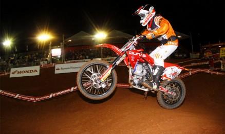 Armstrong da Dunas Race / Brasil Racing / Honda é o líder da 85