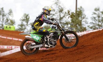 Nico Rocha é o líder do Paranaense de Motocross na MX3