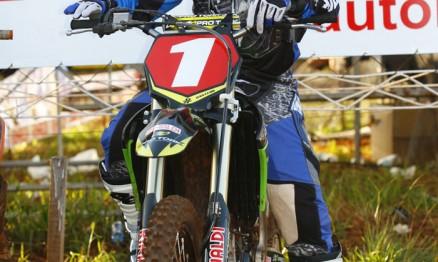Cantero é o atual líder do Paraguaio de Motocross na MX1