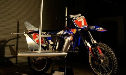 Moto preparada para o evento da Red Bull