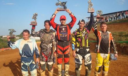 Rafael subiu no lugar mais alto do pódio na MX1 e MX Gold