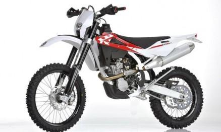 Motos foram roubadas de dentro da fábrica na Itália