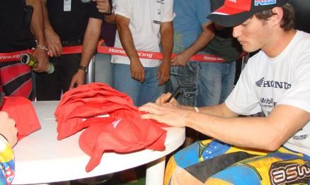 O paranaense Jean Ramos é piloto Honda na categoria MX2