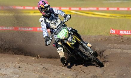 Scott lidera a MX1 e a MX2 no Brasileiro de Motocross