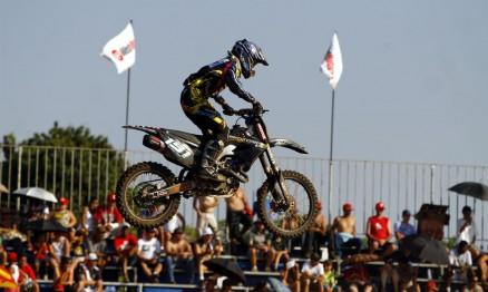 O costa-riquenho Roberto Castro chegou em segundo na MX1