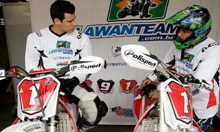 Rafael e Juliano são companheiros de equipe na Lawanteam