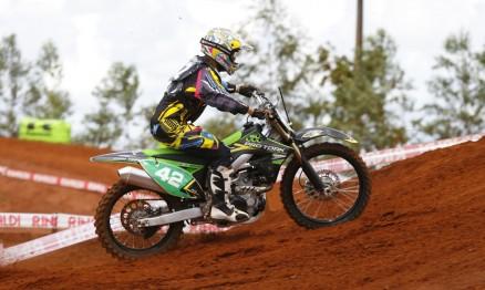 Nico Rocha é paranaense mas compete no Paraguaio de MX