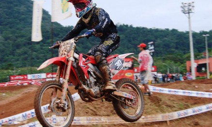 Hector Assunção foi o vencedor da categoria MX2