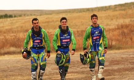 Jorge Balbi, Anderson Cidade e Pipo Castro formam o Team Brasil