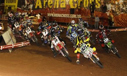 Swian e Hector venceram no Arenacross em Itu