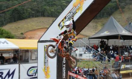 Enzo Lopes voltou a vencer no Brasileiro de Motocross na 65