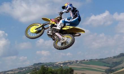 Ken Roczen se despediu da Suzuki com vitória