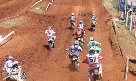 Largada da categoria Intermediária MX2