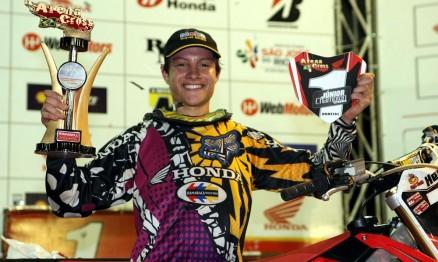 Hector foi o campeão da temporada 2010 na categoria Júnior