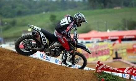 O líder Davis Guimarães foi o mais veloz na categoria MX3