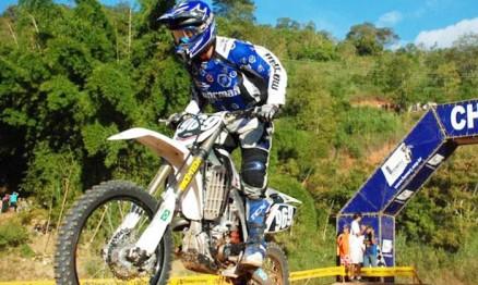 Raulzinho Guilherme é multi-campeão Carioca de Motocross