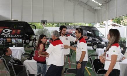 Família Balbi chegando para o Training Day da 2B Racing