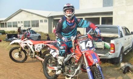 Rafael Kuhn num treino de MX no litoral norte Gaúcho em 2010