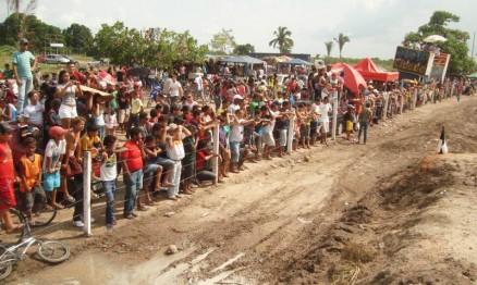 Público foi brindado com grandes pegas no GP de MX no Maranhão