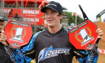 Scott conquistou dois títulos no Brasileiro de Motocross 2010
