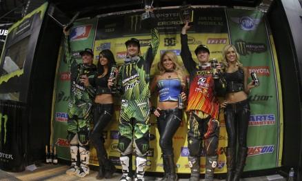 Pódio da categoria Supercross Lites Oeste em Phoenix
