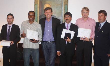 Pilotos do Velocross homenageados pela Assembleia Legislativa