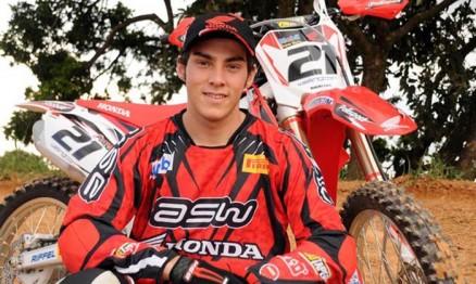 Wellington permanecerá na equipe oficial Honda em 2011