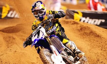 James 'Bubba' Stewart é o líder do AMA Supercross 2011