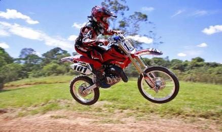 Muguinho Paz vai correr nas categorias 65 e 85 em 2011