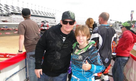 Enzo com Ricky Carmichael em Daytona