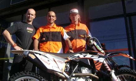 Rodrigo da Pro Race, Jethro e Alexandre da Casa de Máquinas KTM