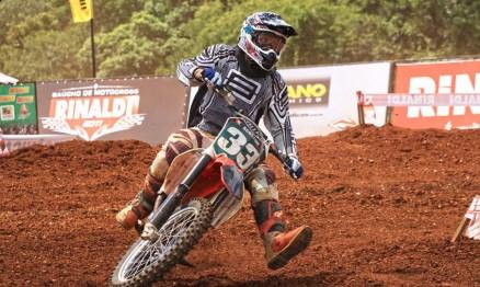 Agostini, da cidade de Garibaldi, venceu na categoria MX4
