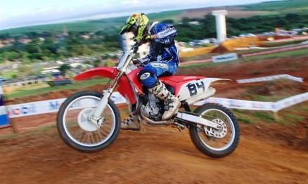 Gustavo Amaral da equipe Mira-X / Honda está completando 21 anos