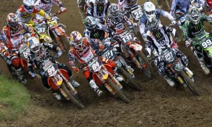 Roczen e Herlings da KTM são os nomes a serem batidos na MX2