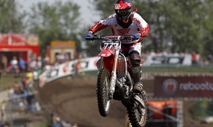 Swian quase marcou seu primeiro ponto no Mundial MX2 2011