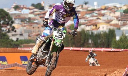 Balbi venceu no geral na categoria MX Pró correndo na sua terra