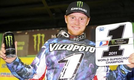 Villopoto com a placa de número 1 do AMA Supercross 2011