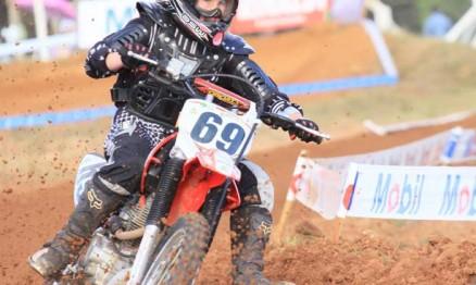 Carolina Zatt corre no Gaúcho de Motocross Feminino B