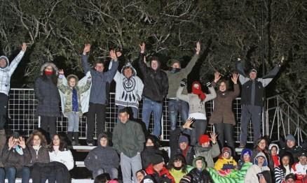Mesmo com frio os fãs do Supercross marcaram presença