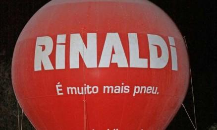Geada era visível no inflável da Rinaldi