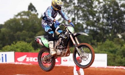 Chumbinho é uma das lendas do Motocross brasileiro