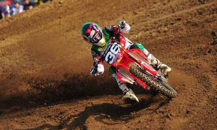 Cole Seely é piloto da equipe Troy Lee Designs